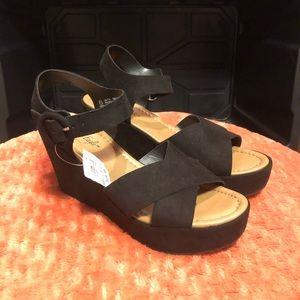 American Eagle Women Platform Sandal Black Sz 7.5